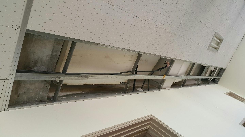 13 번째 사진  에  연면적 ㎡ 영도구 동삼초등학교 배관공사를 위해 석면철거