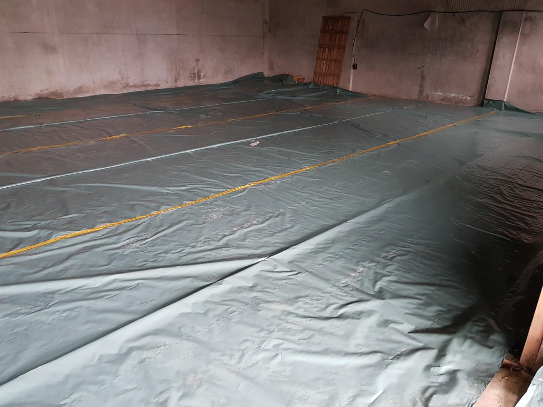 5 번째 사진  에  연면적243 ㎡ 경남 창녕군 대지면 슬레이트 지붕 석면처리 현장