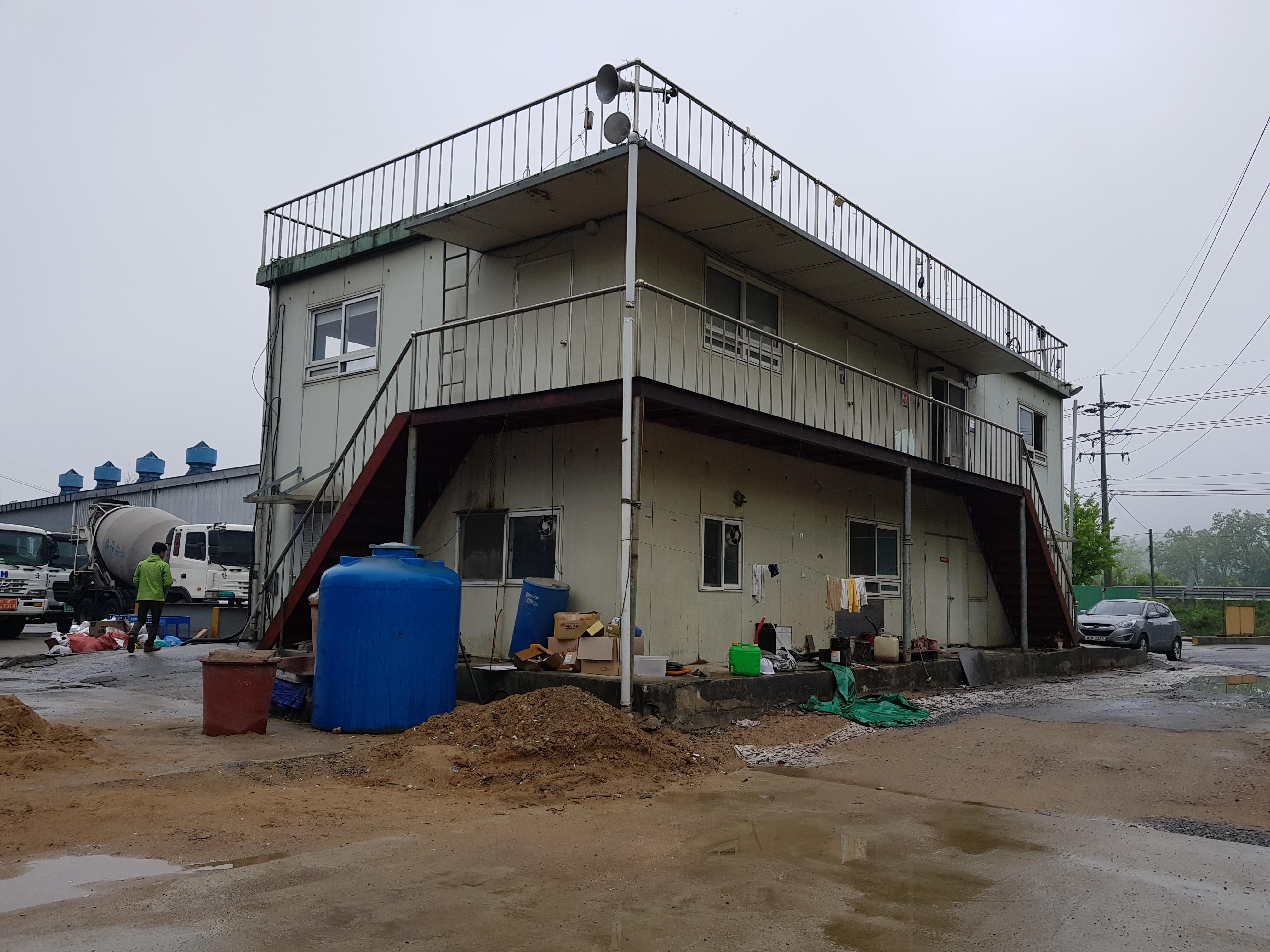 1 번째 사진  에  연면적60 ㎡ 경북 예천군 예천읍 공장 천장텍스 석면해체 제거 보고서
