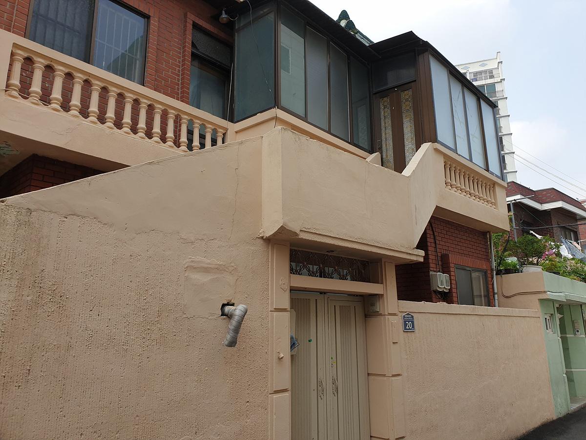 1 번째 사진 단독주택 에  연면적90.65 ㎡ 부산 동래구 명륜동 주택 철거 전 석면조사