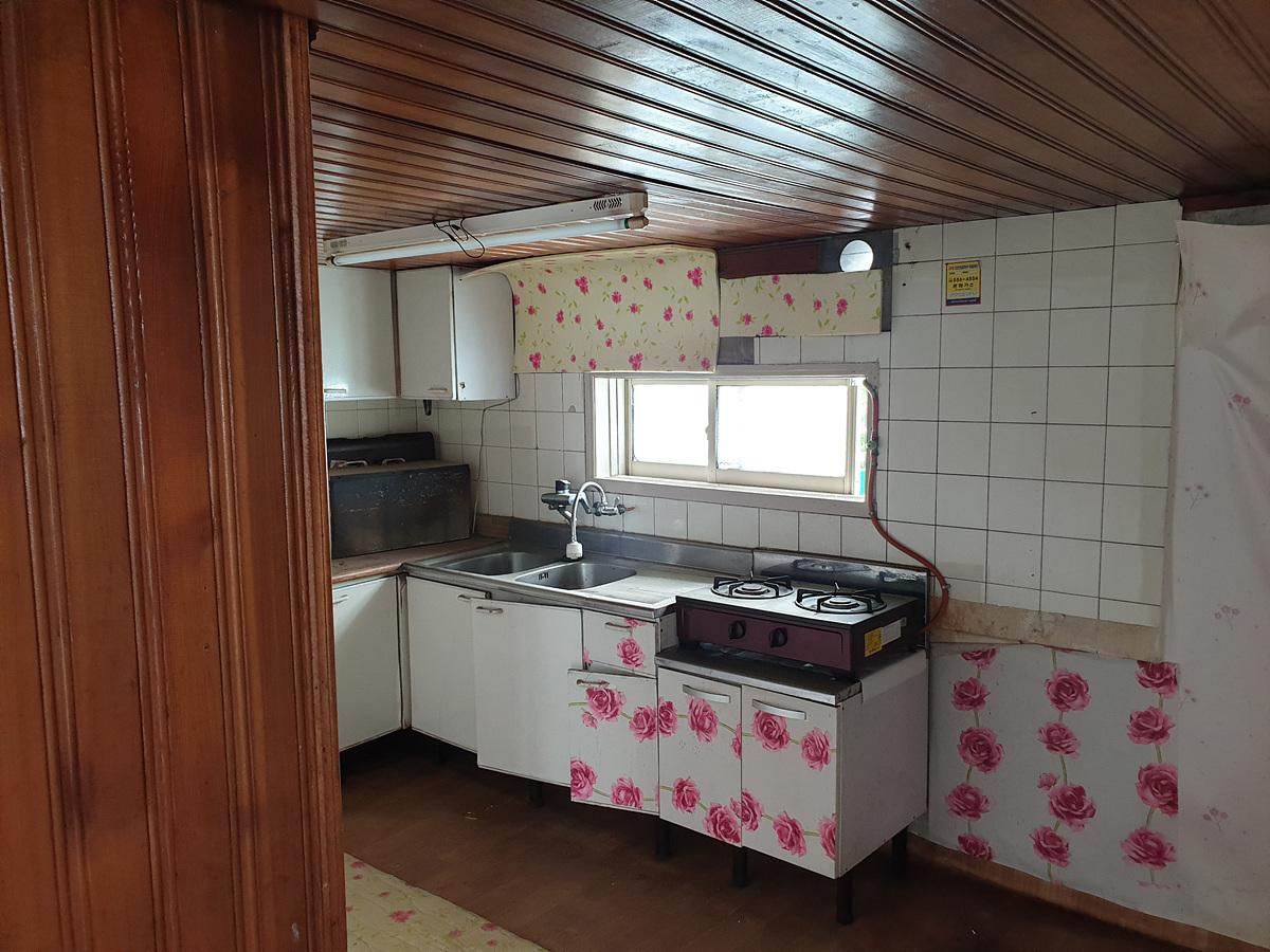 3 번째 사진 단독주택 에  연면적90.65 ㎡ 부산 동래구 명륜동 주택 철거 전 석면조사