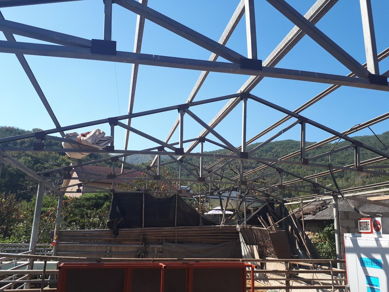 15 번째 사진  에  연면적44 ㎡ 경상남도 밀양시 청도면 축사 슬레이트지붕 석면처리