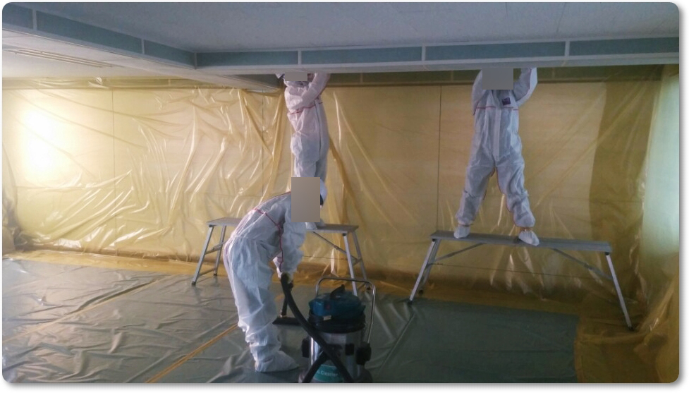 13 번째 사진  에  연면적 ㎡ 중학교 천장 석면 해체 현장 (경기도 수원시)