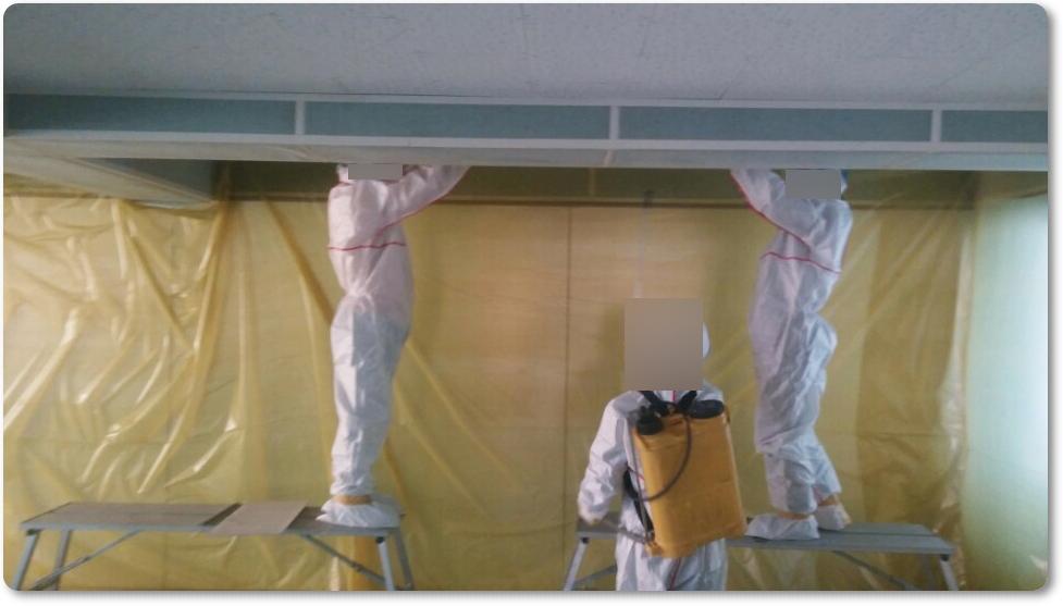 14 번째 사진  에  연면적 ㎡ 중학교 천장 석면 해체 현장 (경기도 수원시)
