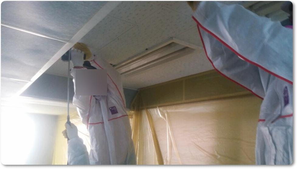 19 번째 사진  에  연면적 ㎡ 중학교 천장 석면 해체 현장 (경기도 수원시)