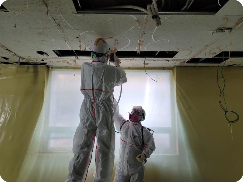 17 번째 사진  에  연면적959.38 ㎡ 부산도시가스 천장 텍스 해체 공사