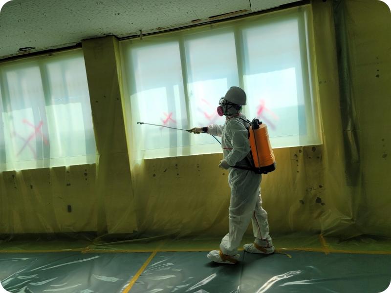 14 번째 사진  에  연면적959.38 ㎡ 부산도시가스 천장 텍스 해체 공사
